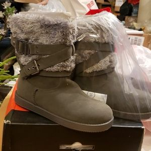 G by Guess Azzie Boots Grey Suede Faux Fur